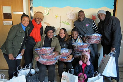 Volunteer as a Family This Holiday Season