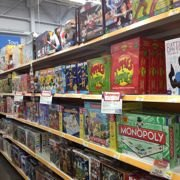 Family Game Night! NJ Toy Store Recommends 5 Great Board Games for All Ages