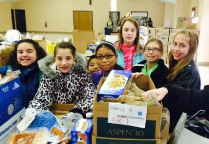 Holiday Volunteering with Kids in NJ