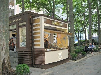 New ice cream in nyc 6 fresh parlors serving cool treats for Magnum pop up shop