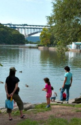 Inwood Hill Park has lots of waterfront access; photo by Malcolm Pinckney