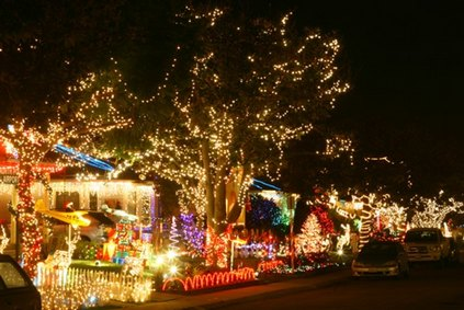 Christmas Lights Around Mommy Poppins Cities: Holiday Eye Candy! Mommy Popp.