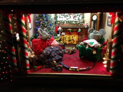 Take in all the details on Vaneck Drive, like this holiday mouse scene