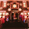 Dyker Lights: This Brooklyn Nabe Comes Alive with Holiday Spirit