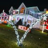 Long Island Homes with Spectacular Holiday Lights