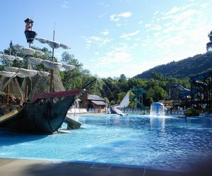 Buccaneer ship at Pirate's Cover at LOMB