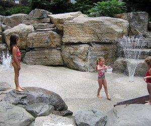 Teardrop Park water play area