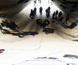 """20 Things To Do with Chicago Babies Before They Turn One"""" See your reflection in the Bean"""