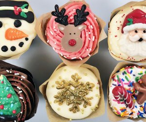 Pick up a batch of festive holiday cupcakes from Riviera Bakehouse.