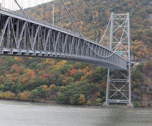 The Bear Mountain Bridge is an ideal spot for leaf peeping in the fall. Image credit: Shinya Suzuki via Flickr