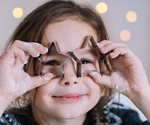 There are plenty of cheery holiday activities geared toward little ones in Westchester and the Hudson Valley. Photo by Mommy Poppins