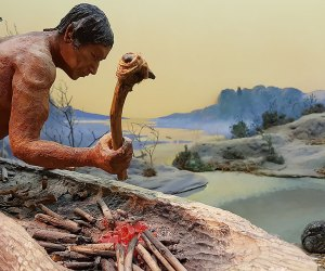 Native American diorama at Garvies Point Museum
