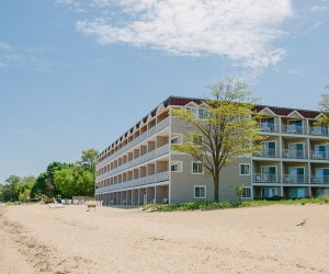 Lake Resorts in the Midwest for Family Summer Getaways: The Bayshore Resort