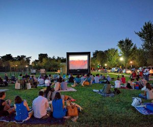 Drive In Movie Theaters Near Washington Dc And Outdoor Movies In 2020 Mommypoppins Things To Do In Washington Dc With Kids
