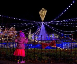 Historic Philadelphia alights at the Electrical Spectacle Holiday Light Show at Franklin Square. Photo by J. Fusco for Visit Philadelphia