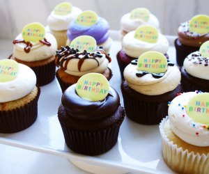 Cake, Cupcake, & Cookie Delivery Services: Georgetown happy birthday Cupcakes