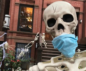 The skeletons in Carroll Gardens are may be nothing but bones, but they're taking pandemic safety seriously. Photo by Fay Koplovitz