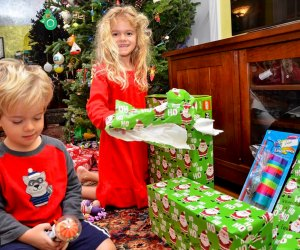 Many organizations are distributing free toys for kids in need this holiday season.