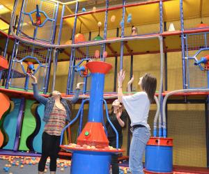 Best Indoor Playgrounds in LA: Jump 'n Jammin
