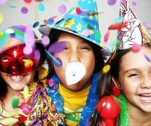Funplex hosts a Kids Balloon Drop at 8pm.