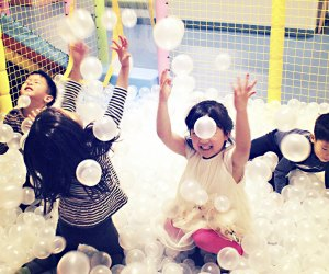 Watch kids have a blast in the bubble ball area at Lily and Liam while you sit nearby sipping coffee.