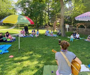 Shake, Rattle & Roll mommy-and-me music classes in Westchester