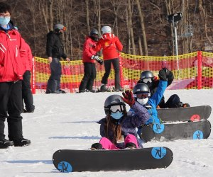 What better way to try out snowboarding than with a FREE beginner lesson at Mount Peter.