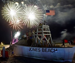 The Jones Beach fireworks show on July 4 is a family-friendly celebration of America. Photo by Rhiannon via Flickr