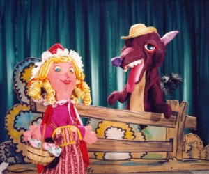 Little Red Riding Hood meets the wolf in Puppetworks' production of the classic tale.