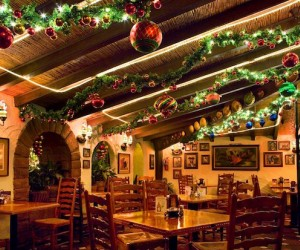 restaurants open on christmas day in hartford county mommypoppins things to do in connecticut with kids - Are Restaurants Open On Christmas Day