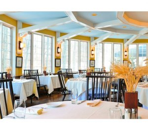 Seasons Restaurant. Photo courtesy of Avon Old Farms Hotel