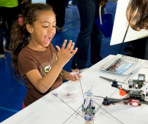 Kids can become inventors during winter break at Spark!Lab. Photo by Jim Thomas/Draper Laboratory
