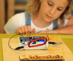 Stem + Art = Steam at IDEA Lab, offering art classes for kids in Houston. Photo courtesy of idealabkids.com