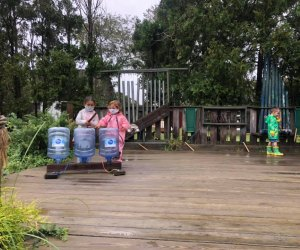 Kids explore the outdoor classroom at the Suffolk County Farm and Education Center