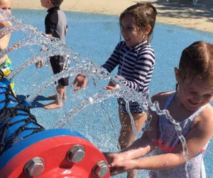 Water Playgrounds and Spraygrounds for Chicago Kids: Berens Park