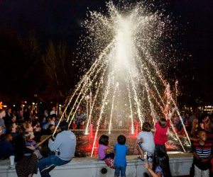 Uptown Altamonte's Holiday Fountain Show features dancing water and dazzling lights choreographed to classic holiday songs. Photo courtesy of Uptown Altamonte