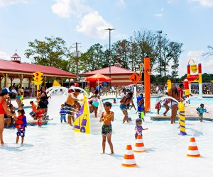 Little ones will love the shallow water play at Jackhammer Bay in The Water Main. Photo courtesy of Diggerland USA