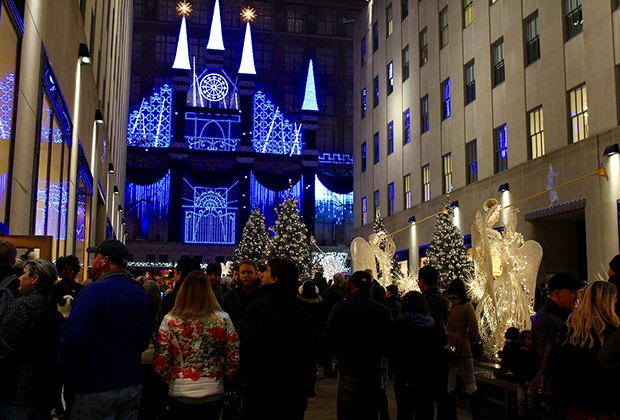Best christmas eve activities in nyc for families mommy for Nyc kids activities today