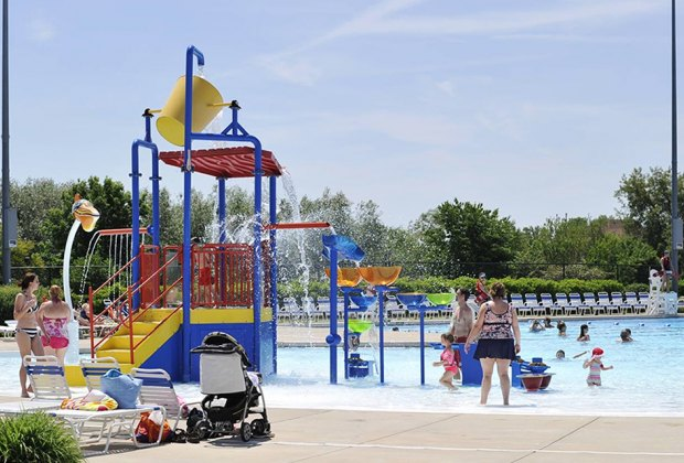 Best Outdoor Water Parks near Chicago: White Water Canyon Water Park
