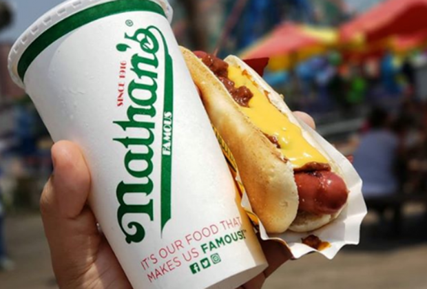 a drink and a hot dog