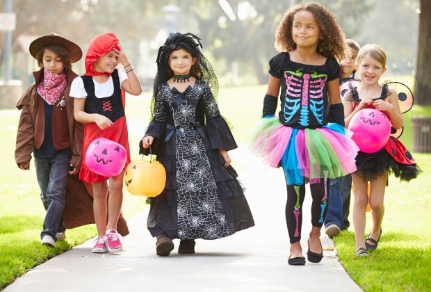 Halloween Costume Ideas For Family Of 3 With Toddler.Halloween Costumes 7 Great Places To Buy Or Rent A Costume