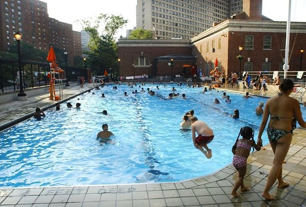 Best Free Nyc Swimming Pools For Toddlers And Kids Mommypoppins Things To Do In New York City With Kids