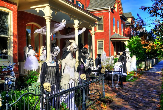 Best Trick Or Treating Neighborhoods For New Jersey Kids