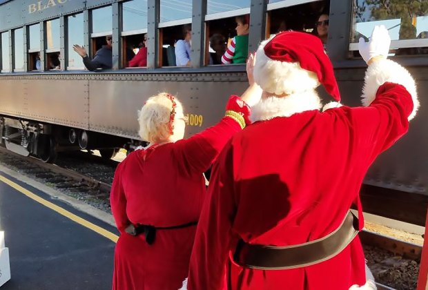 Things To Do In Nj For Christmas.A Dozen Must Do Holiday And Christmas Experiences For Nj