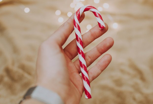 candy canes hunts make a new Christmas tradition