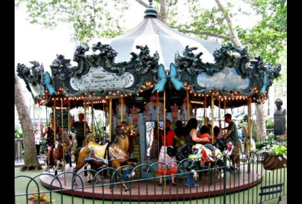Bryant Park's main kid attraction: Le Carrousel
