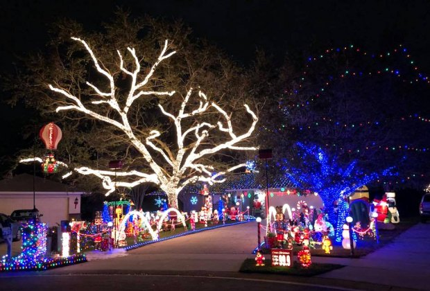 Holiday Light Shows: Drive Thru Christmas Displays and More in