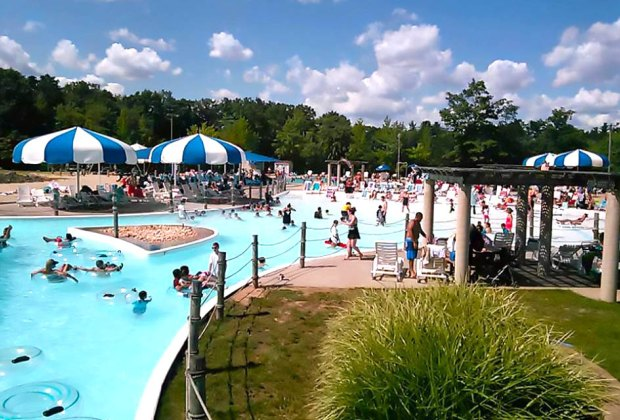 Best NJ Swimming Pools with Day Passes for Families and Kids ...