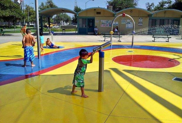 The Coolest Free Splash Pads and Spraygrounds in LA: Dalton Park Splash Pad.