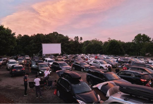 Drive-in Movie Theaters in New Jersey and Outdoor Movies in 2020 |  MommyPoppins - Things to do in New Jersey with Kids